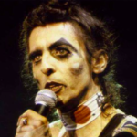 Skeletons in the Closet – Alice Cooper's Blackout Years